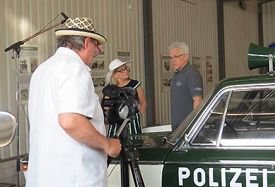 """Am Öffnungstag fanden zudem Filmaufnahmen zu einem geplanten Filmbeitrag über das Museum von einem weiteren Fernsehteam im Rahmen der Reihe """"Inspirierende Orte"""" statt."""